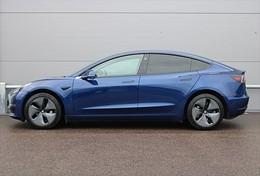 Tesla Model 3 Long Range RWD 1 Ägare Momsbil
