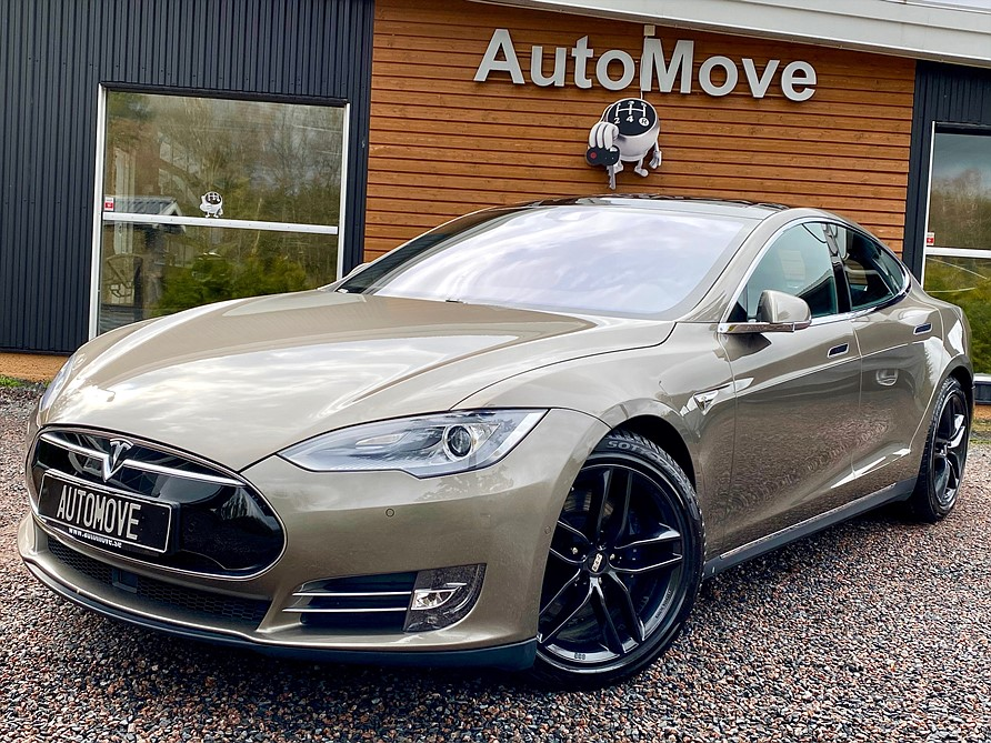 Tesla Model S 85D Dual AutoPilot Free Charging