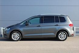 VW Touran 2.0 TDI (150hk) 7-Sits Drag Värmare ErgoActive Trailerassist