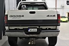 Dodge Ram 2500 DIES.