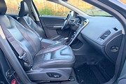 Volvo XC60 D5 AWD Geartronic, R-Design 215hk