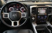 Laramie 5.7 V8 HEMI 4WD EU6 Drag Navi