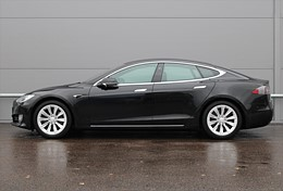 Tesla Model S 75D Luftfjädring Momsbil 2041mil
