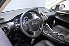 Lexus NX 300h AWD 2.5 AWD/ S+V Hjul/ Skinn/ 197hk