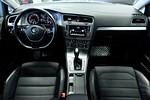 Volkswagen Golf TSI 105hk Aut /P-värmare/Nav