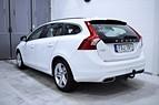 Volvo V60 D5 231HK AWD HYBRID 1-ÄGARE NAVI VOC DRAG SKINN