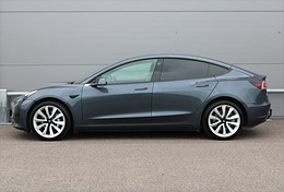 "Tesla Model 3 Standard Range Dragkrok 19"" Momsbil"