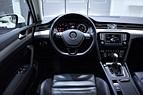 VW PASSAT 240HK 4M D-VÄRM EXECUT PANO