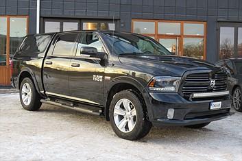 Dodge Ram 1500 Crew Cab Sport 4WD Kåpa