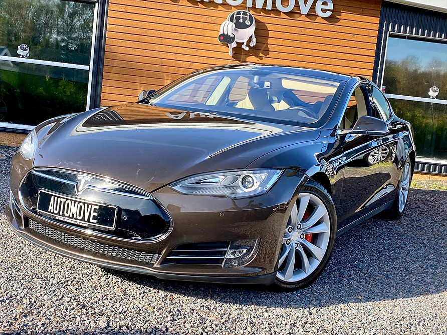 Tesla S P85 Performance 421hk