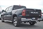 Dodge RAM 1500 LARAMIE / Luftfjädring / Panorama V8 401hk