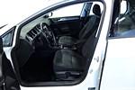 VW Golf TDI 110hk / 1års garanti