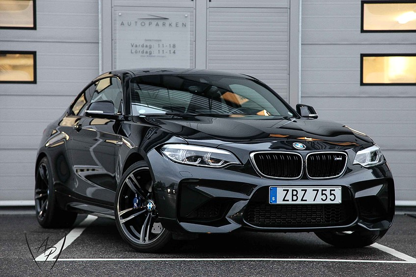 BMW M2 LCI 370HK Navi pro H/K Svensksåld