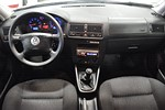VW Golf 1,6 105hk