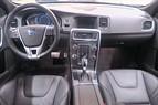Volvo S60 T6 3,0 330hk R-design Black R Aut/Skinn/VOC/Navi/Drag