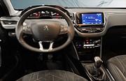 Peugeot 2008 PureTech (82hk)