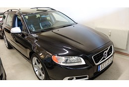 11 Volvo V70 2,5 FT R-Design 231 hk