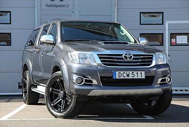 Toyota Hilux 3.0D SR 4D Invincible D-Cab Drag Värmare