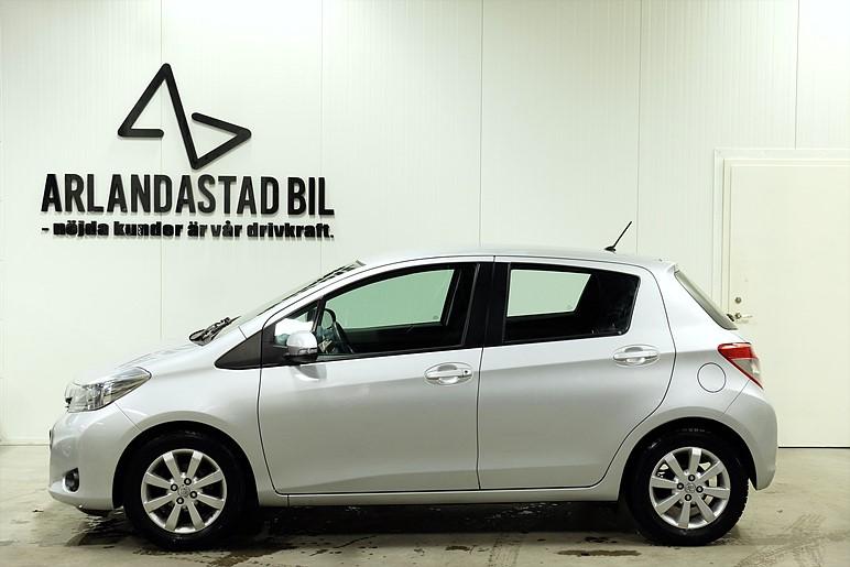 Toyota Yaris 1,33 99hk VVT-i Aut / 1års garanti