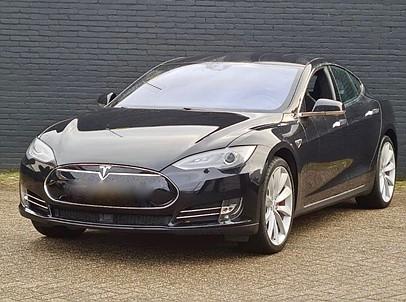 Tesla Model S P85D Dual Performance 700hk