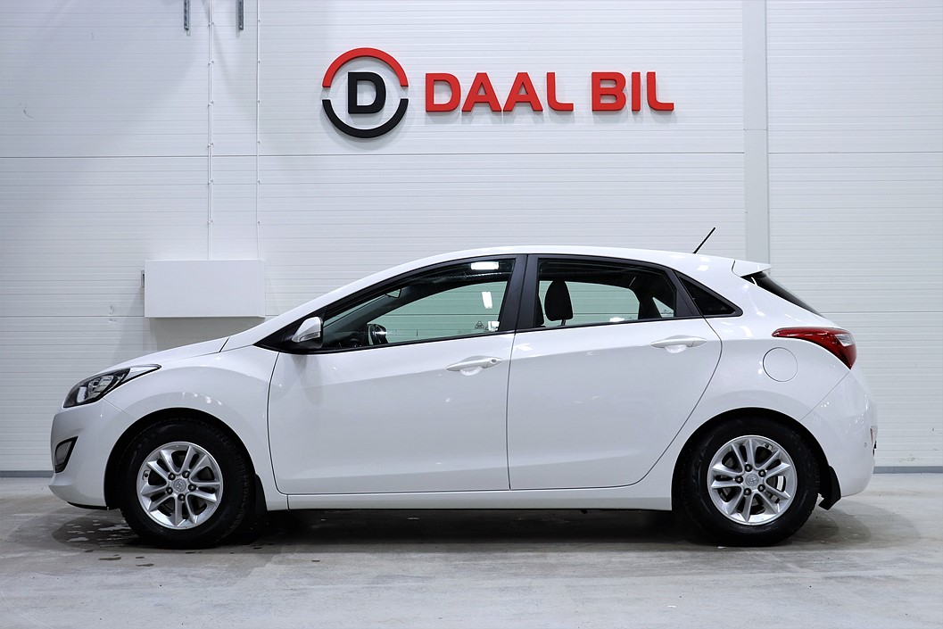 Hyundai i30 1.6 135HK AUTOMAT DRAG P-SEN RATTVÄRM NYSERV.