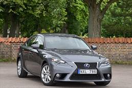 Lexus IS 300h Comfort Automat / 4500mil