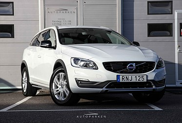 Volvo V60 D4 Cross Country Momentum Adv.
