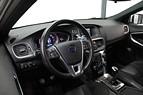 Volvo V40 T2 Momentum R-Design  122hk