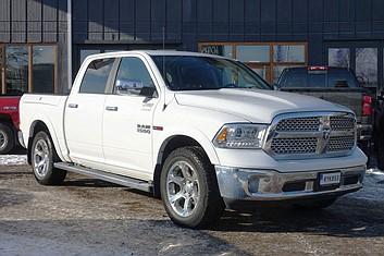 Dodge Ram 1500 Crew Cab Laramie Diesel Luftfjädring Rambox 4WD