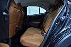 Lexus UX250H HYBRID PREMIUM TEKNIK M&L NAVI KAMERA NYSERV.