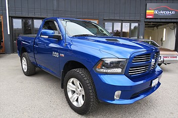 Dodge Ram 1500 Regular Cab Sport 4WD