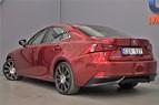 Lexus IS 300h (181hk)