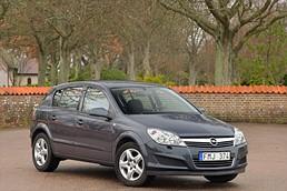 Opel Astra 1.6 (102hk) 5D