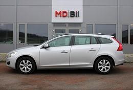Volvo V60 D3 Aut Momentum Drag Värmare 0kr kontant möjligt