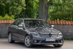 Mercedes-Benz C 320 CDI sedan / AMG / Navi