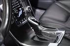 Volvo XC60 D5 AWD R-Design Panorama H/K S+V Drag Voc 220hk