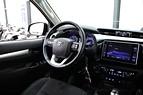 Toyota Hilux KÅPA INVINCIBLE D-VÄRM 2,4 AWD LÅGSKATT