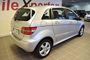 Mercedes B 180 NGT BlueEfficiency (116hk)