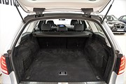 Mercedes-Benz E 220 BT 9G Aut Kombi | Navi | Läder